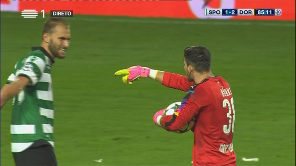 É por isto que o Borussia Dortmund está a acusar o Sporting de falta de fair play