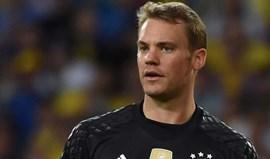 Neuer falha deslocação da Alemanha a São Marino