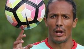 Bruno Alves regressa ao centro