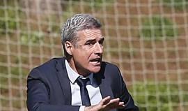 Luís Castro quer equipa nos oito primeiros lugares