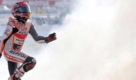 MotoGP:  Cervera 'veste-se' de vermelho para homenagear Marc Márquez