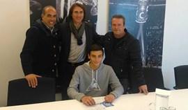 Filho do campeão do Mundo Tozé assina pelo FC Porto