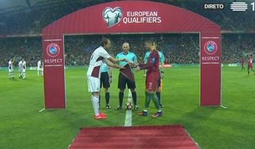 Capitão da Letónia 'reservou' a camisola de Ronaldo... ainda antes do jogo