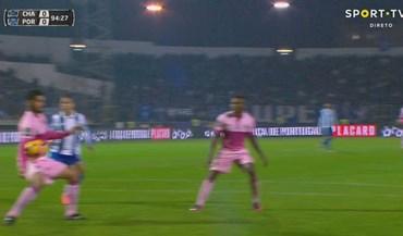 FC Porto reclama novo penálti em Chaves...