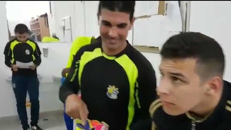 Real Sport Clube também já se rendeu à moda do 'Mannequin Challenge'