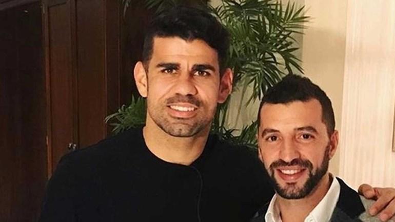 O que anda a fazer Diego Costa na companhia de Simão Sabrosa?