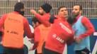 Jogadores do Bayer Leverkusen pegaram-se no treino