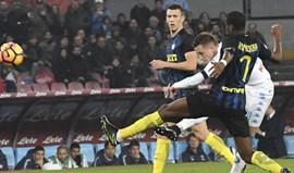 Nápoles despacha Inter antes de visitar a Luz