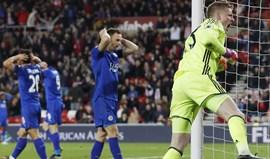Leicester derrotado antes da visita ao Dragão