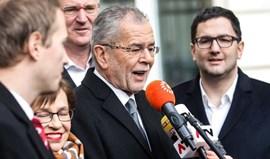 Ecologista Van der Bellen vence presidenciais na Áustria