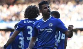 Um erro, um remate de Diego Costa e o Chelsea volta à líderança isolada