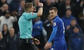 Vardy castigado com três jogos de suspensão