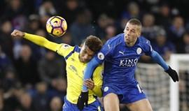 Campeão Leicester soma mais uma derrota