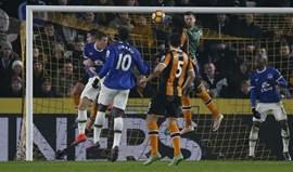 Hull e Everton empatam no arranque da jornada