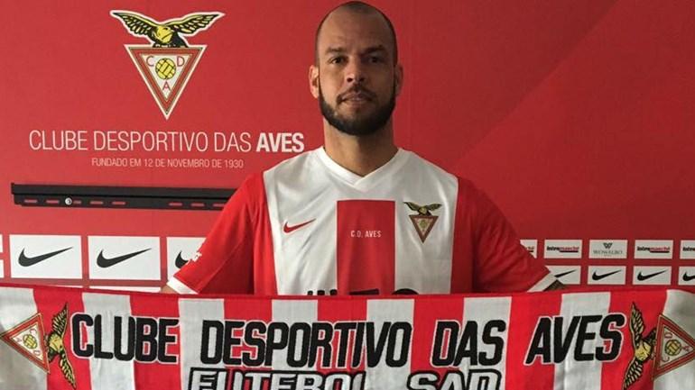 Luís Alberto oficializado até 2018
