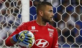 Lyon goleia (5-0) Montpellier e vai defrontar o Marselha