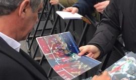 Fernando Santos distribui autógrafos em Zurique