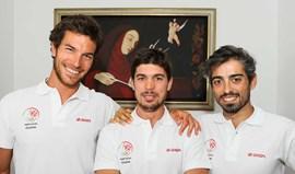 João Silva trabalha com três técnicos