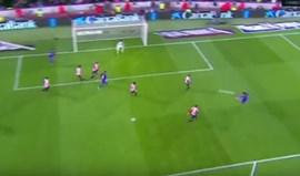 Suárez quase furava as redes num 'golaço' ao Athletic Bilbao