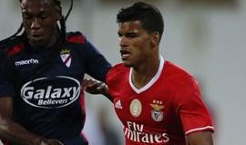Danilo espera Vieira para sair