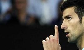 Campeão Djokovic bate Verdasco e segue em frente