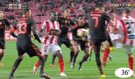 Casos do Benfica-Leixões: Trabalho fraco de Gonçalo Martins
