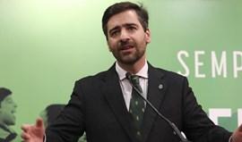 Madeira Rodrigues quer declaração de rendimentos do presidente e regresso do basqutebol