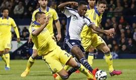 Stoke City anuncia contratação de Saido Berahino