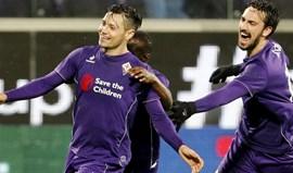 Mauro Zárate troca Fiorentina pelo Watford