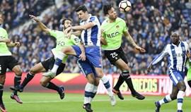 A crónica do FC Porto-Rio Ave, 4-2: Na corrida... de bola parada