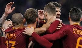 Roma triunfa e mantém segundo lugar