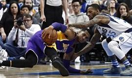 LA Lakers sofrem maior derrota da história