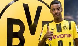 Novela de Isak chega ao fim com Dortmund a ganhar a corrida