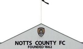Notts County despede treinador que insultou e ameaçou equipa de arbitragem