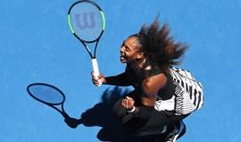 Serena Williams qualifica-se para as meias-finais