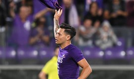Zárate troca Fiorentina pelo Watford