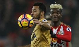 Tottenham domina em Sunderland e... não sai do nulo