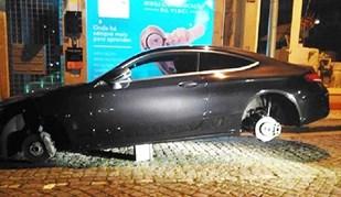 Quim Machado ficou... sem rodas no seu Mercedes