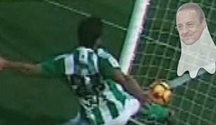 Terá sido este 'fantasma' do Real Madrid que assustou o árbitro do Bétis-Barça?