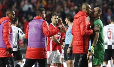 Confusão no Benfica-Boavista: Agayev e Luisão estiveram muito perto do contacto físico