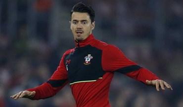 Liverpool sem interesse em centrais fica fora do 'leilão' por José Fonte