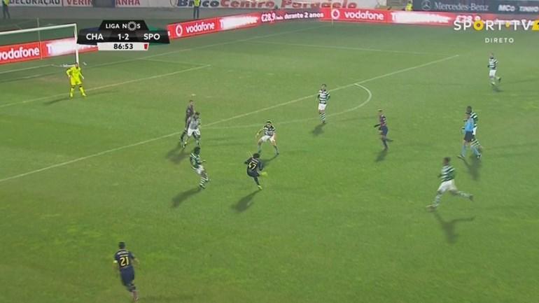 Foi com este golo que Fábio Martins levou ao desespero o banco do Sporting