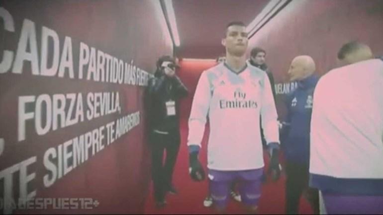 Já viu o gesto que Ronaldo fez antes de entrar em campo?