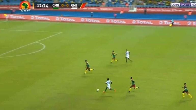 Jogador do Sp. Braga B arrancou com a bola, correu mais de 60 metros e... fez isto