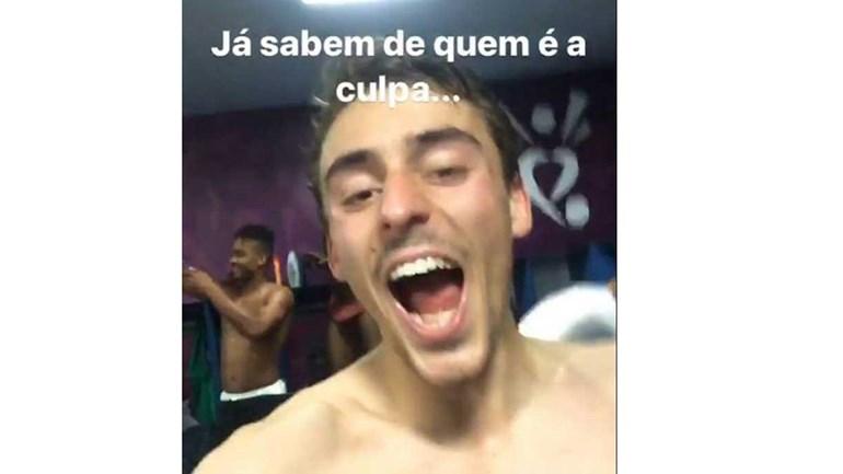 Geraldes 'pica' Benfica na festa no balneário do Moreirense