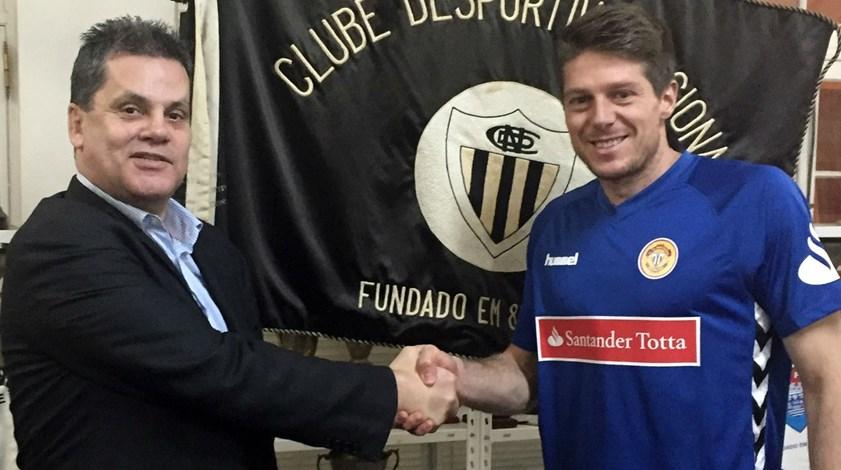 Adriano Facchini oficializado