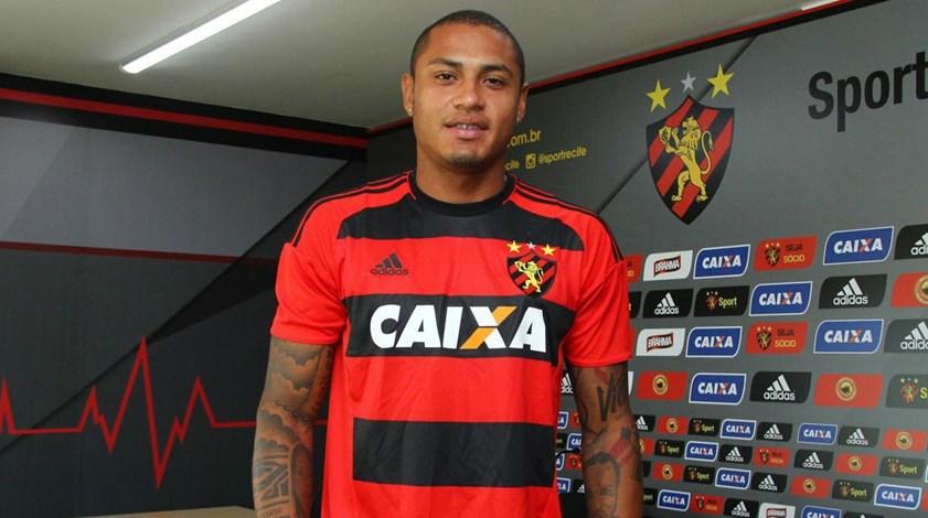 Paulo Henrique oficializado no Sport Recife
