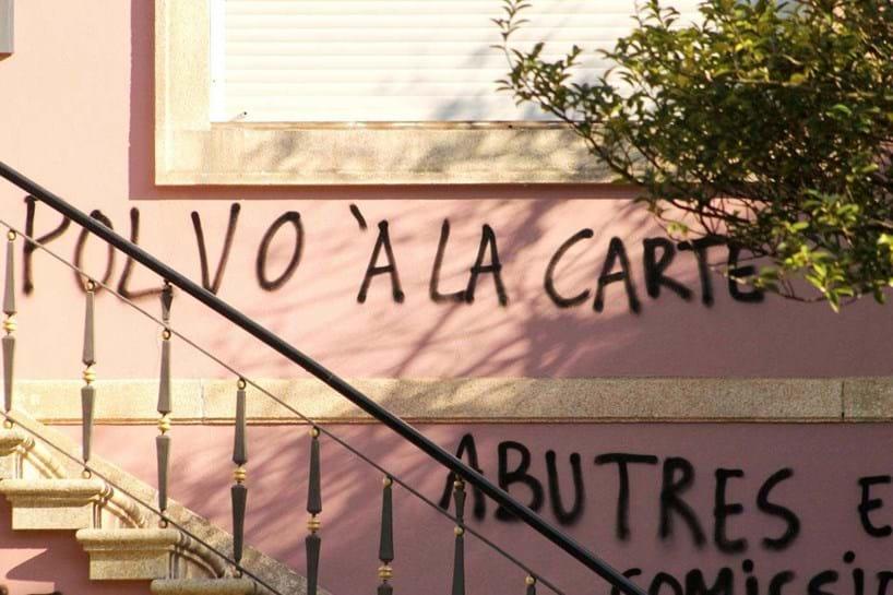 Abutres e comissionistas entre os insultos a Adelino Caldeira
