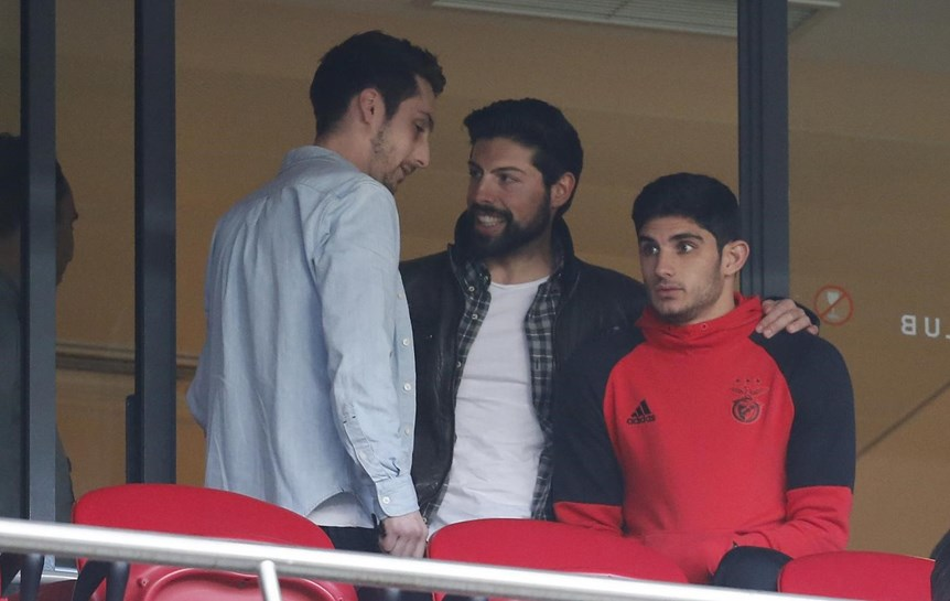 Manchester United, Mónaco e PSG lutam por Gonçalo Guedes