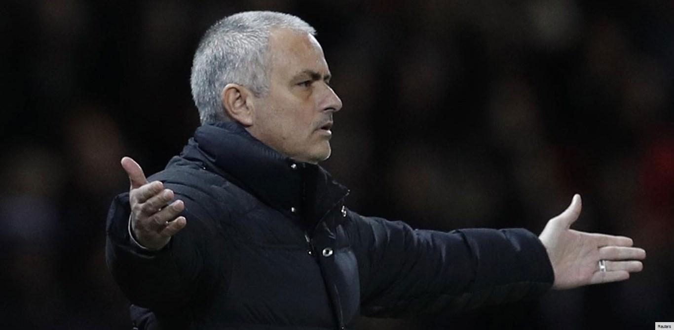 Dani Alves: «Mourinho fez jogo sujo»